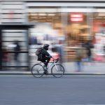 Coursier à vélo, un job d'été qui rapporte